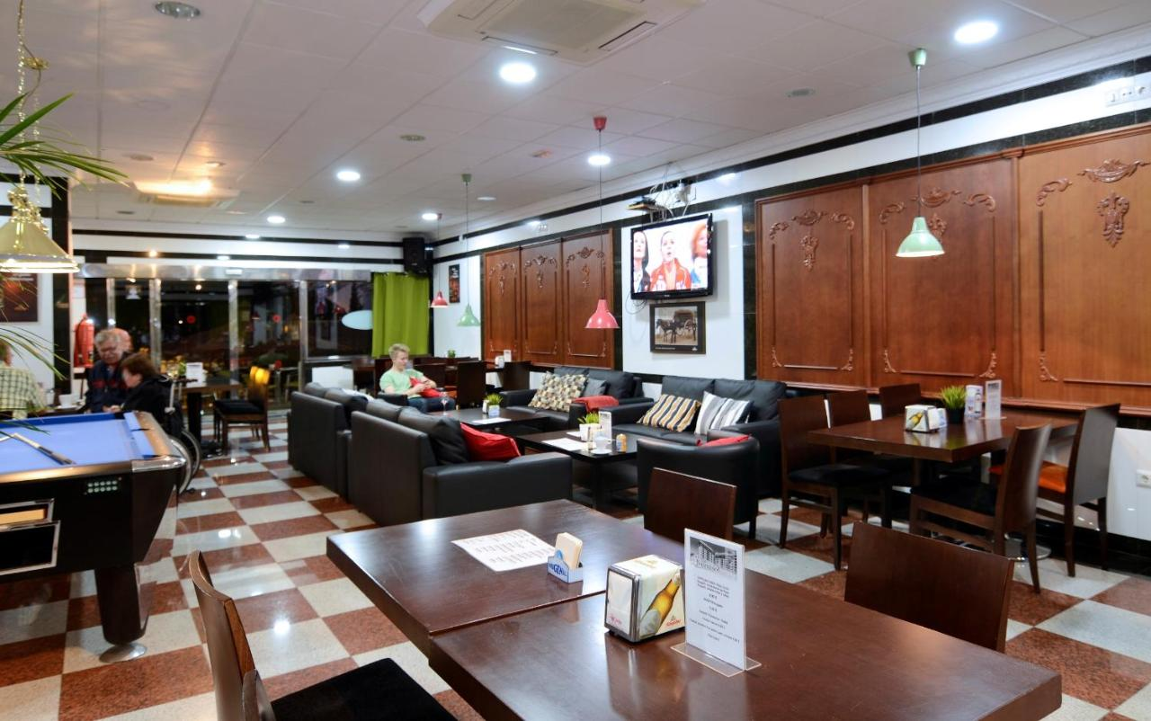Apartamentos Nuriasol - Laterooms