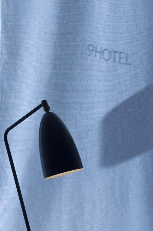9 Hotel - Laterooms