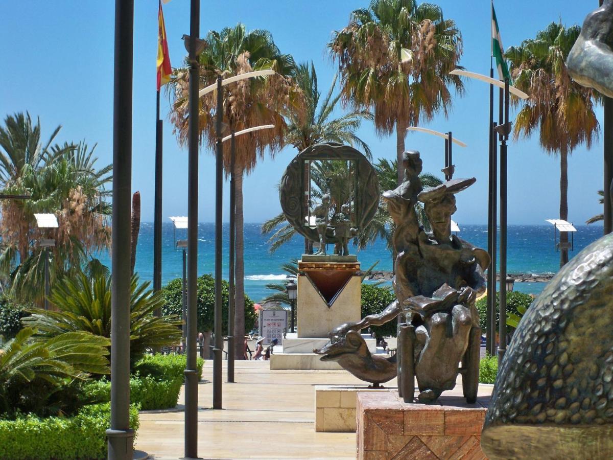 El Faro Marbella - Laterooms