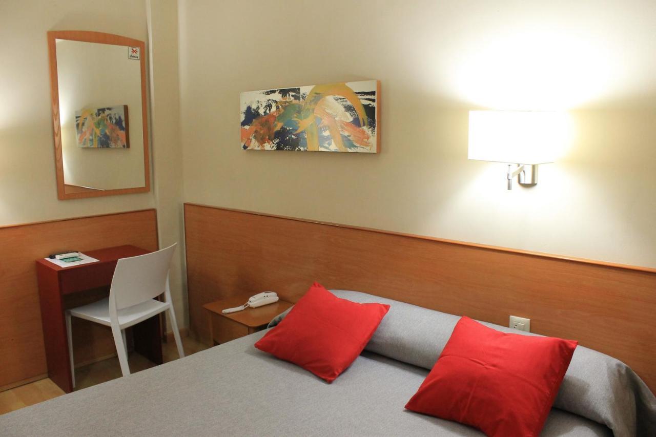 Hotel Rh Sol - Laterooms