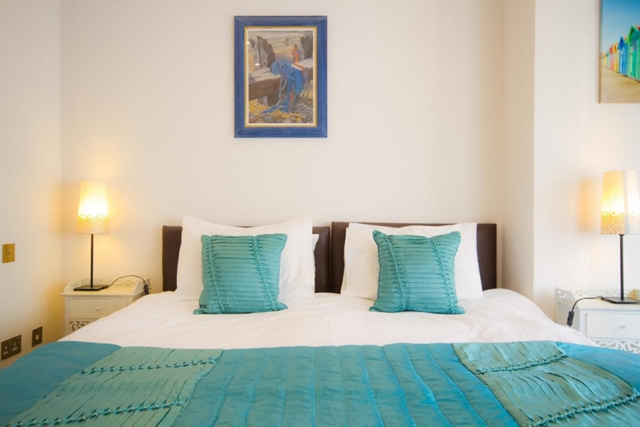 Vernon Guest House - Laterooms