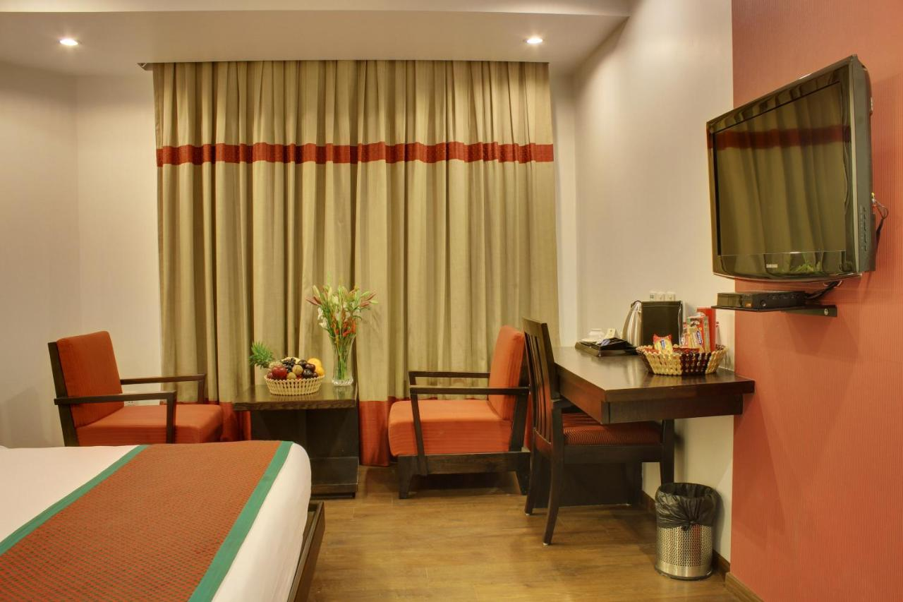 Hotel Godwin Deluxe - Laterooms