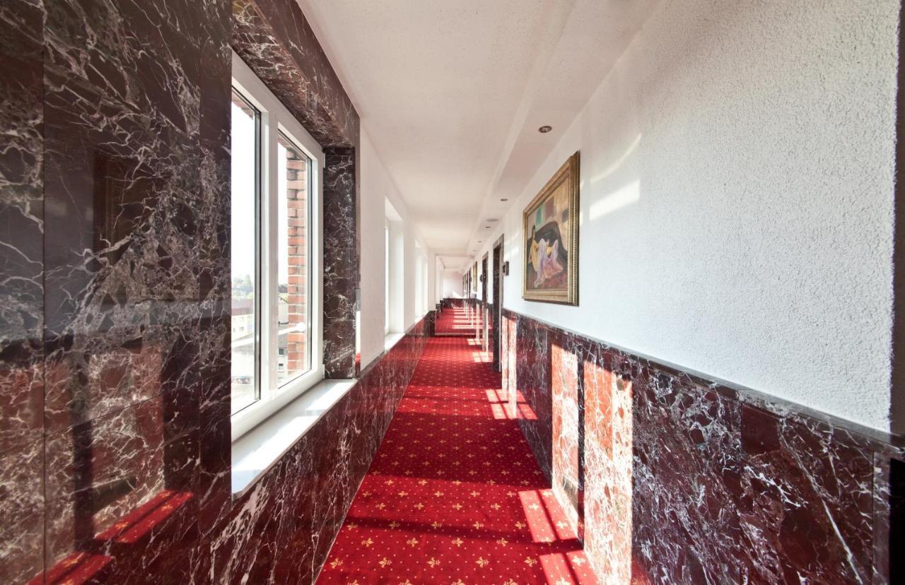 Novum Business Hotel Unique Dortmund Hauptbahnhof - Laterooms