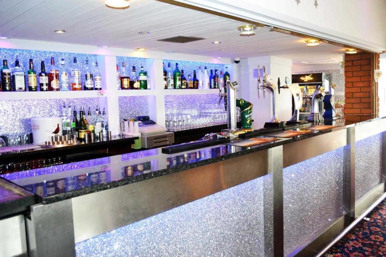 Lyndene Hotel - Laterooms