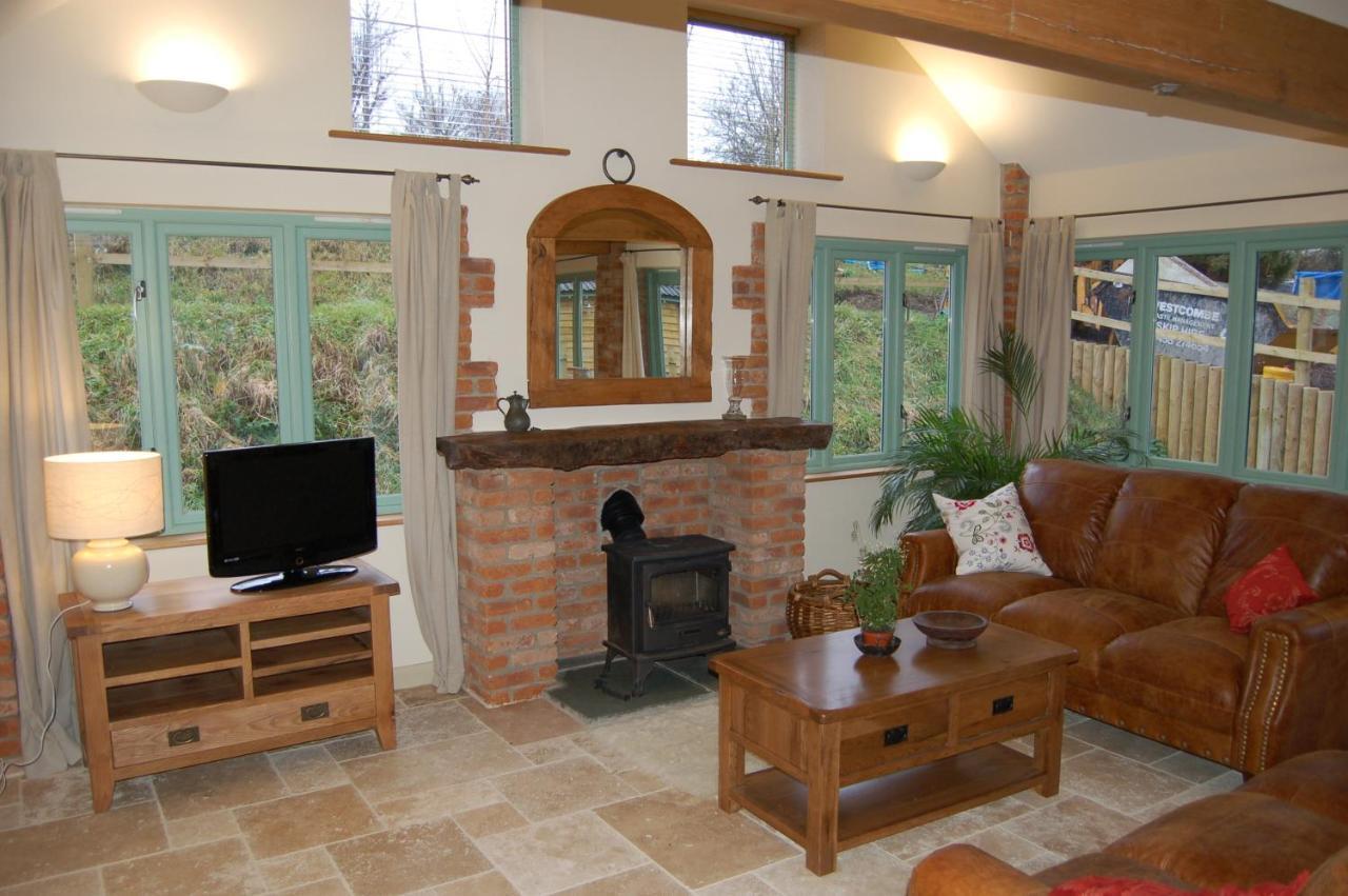 Honeysuckle Farm Cottages - Laterooms