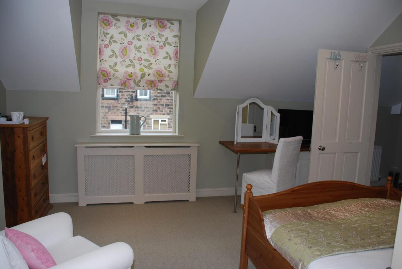 Ashwood House Guest House - Laterooms