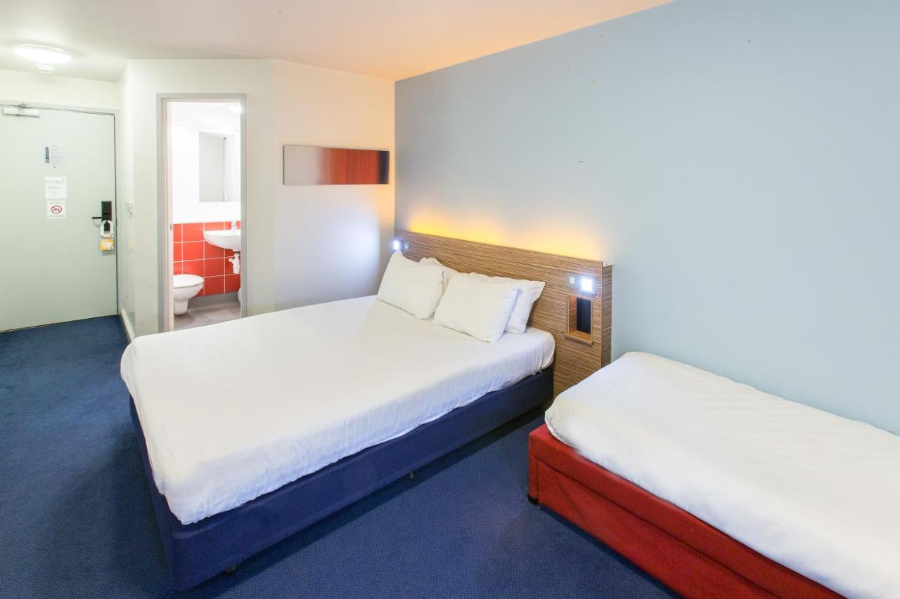 Redwings Lodge Wolverhampton Central - Laterooms