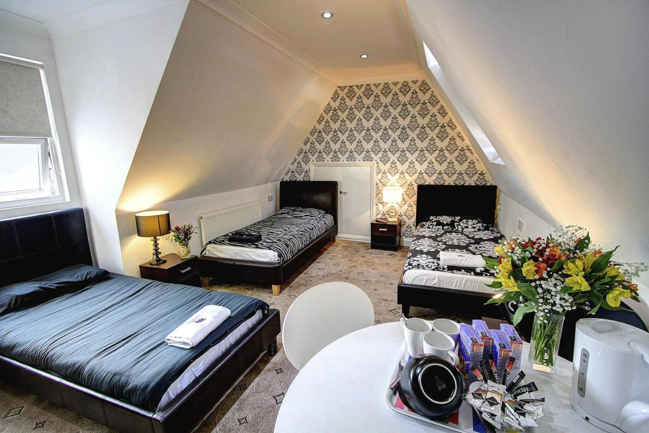 Beaconsfield Hotel - Laterooms