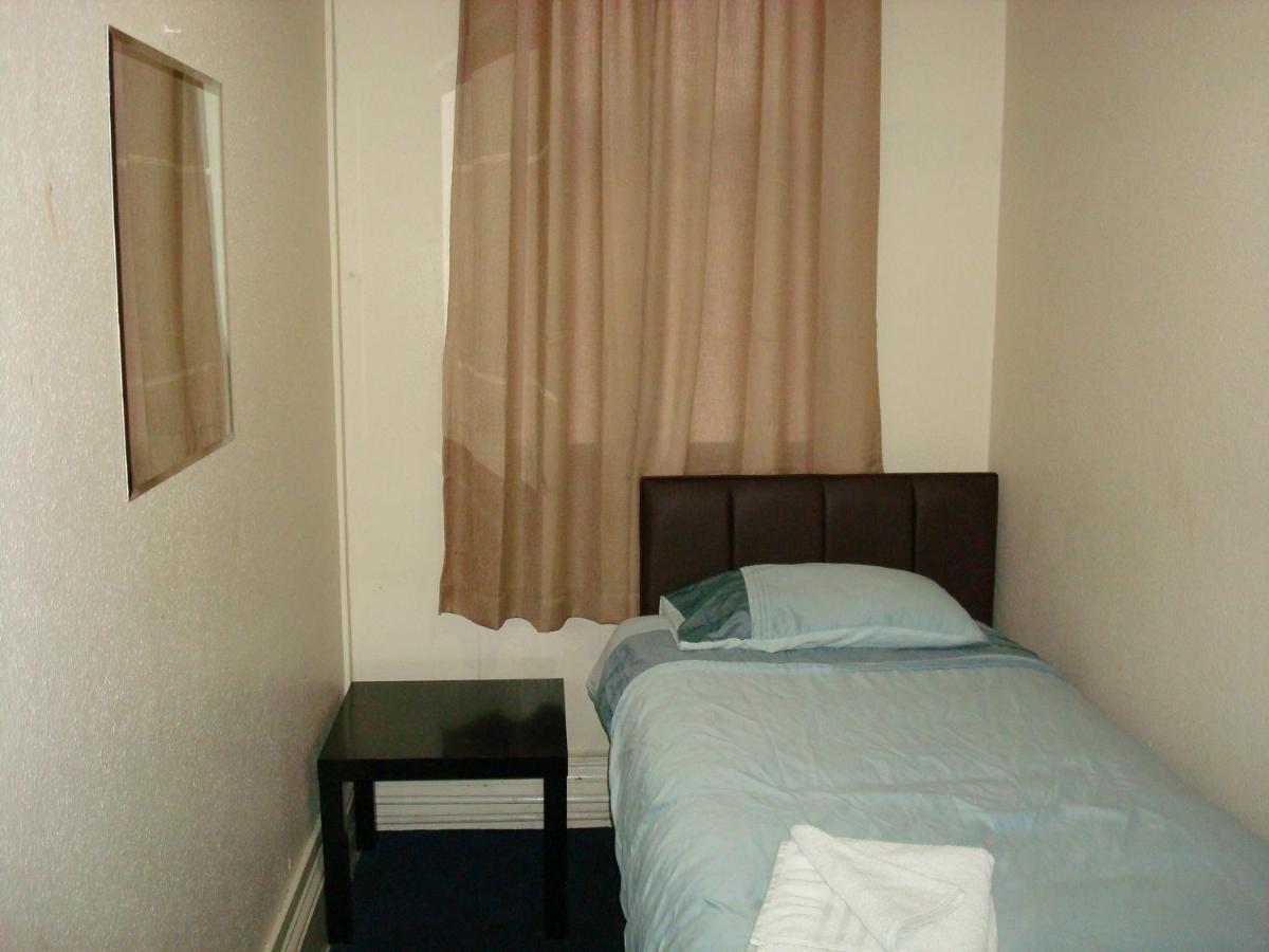 Forest Gate Hotel - Laterooms