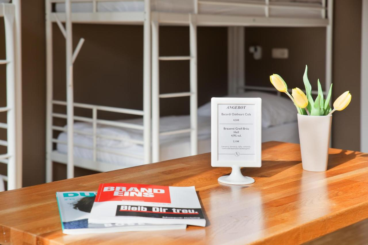 Five Reasons Hotel & Hostel - Laterooms