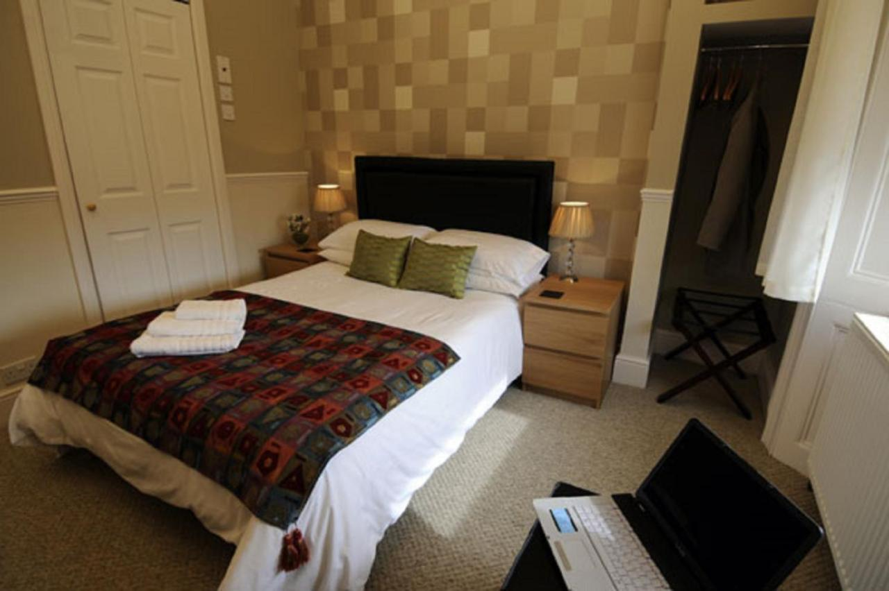 Gallery Guesthouse - Laterooms