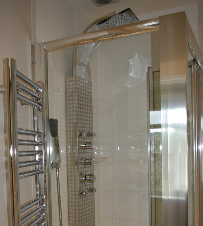 The Bath House Luxury B&B; - Laterooms