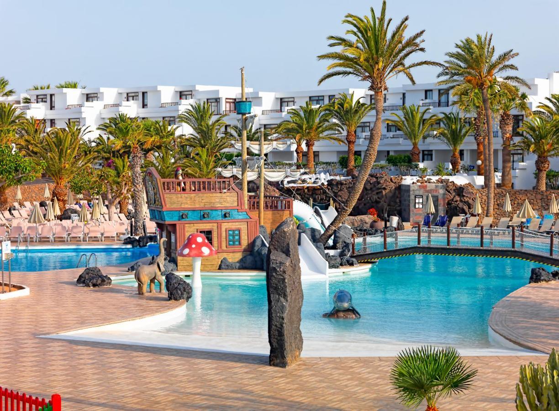 H10 Suites Lanzarote Gardens - Laterooms
