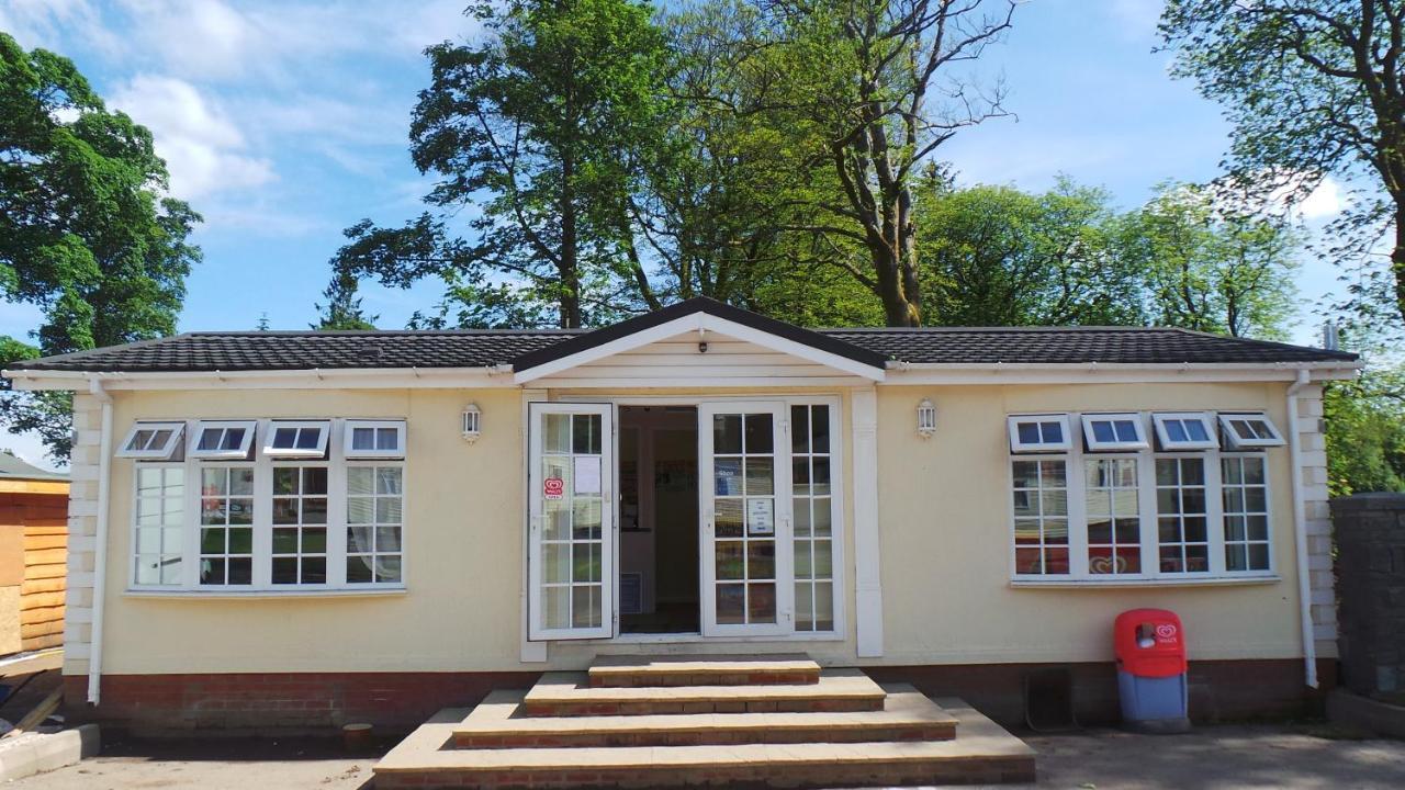 Moffat Manor Holiday Park - Laterooms