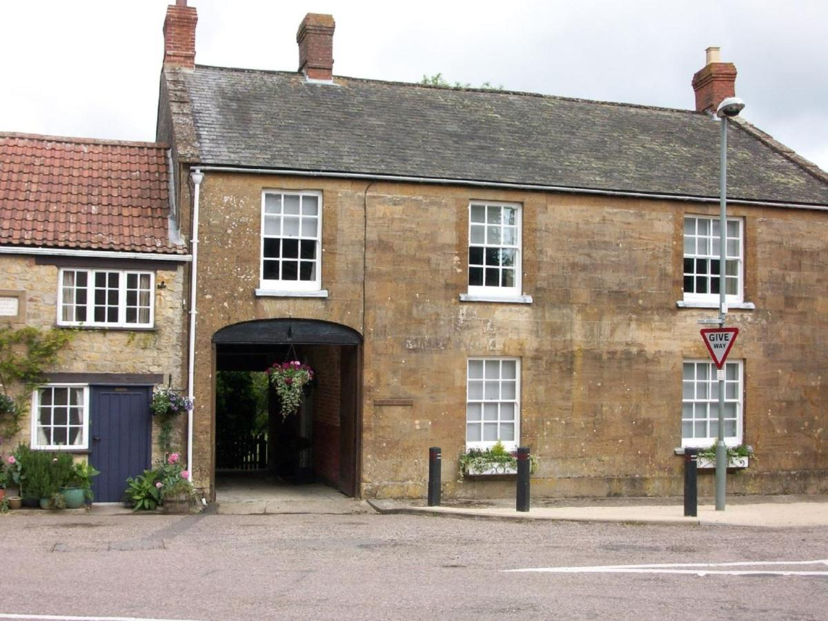 The Old George - Laterooms