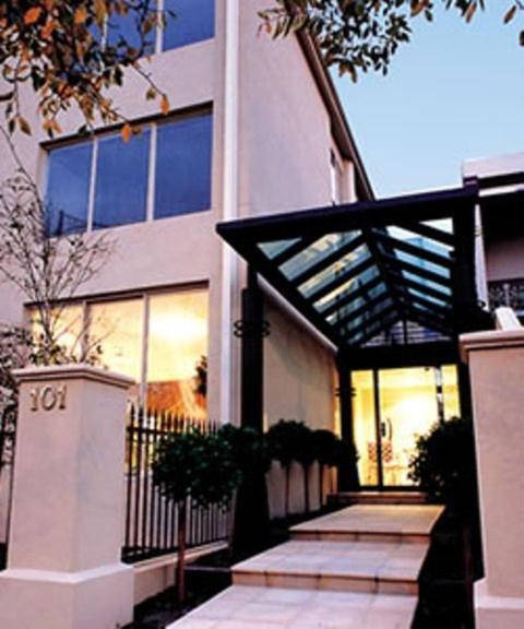 Knightsbridge Apartments - Laterooms