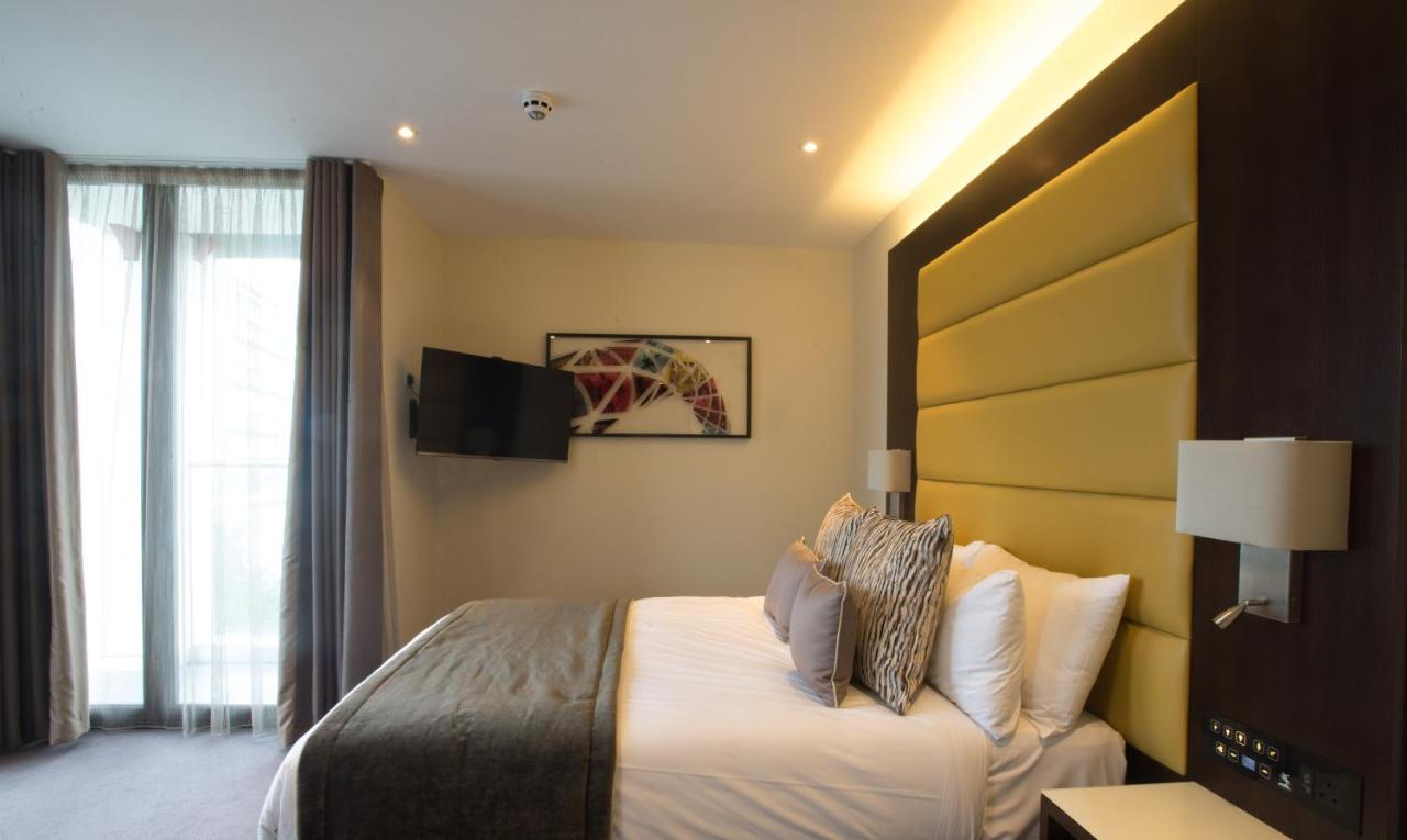 St George's Hotel Wembley - Laterooms