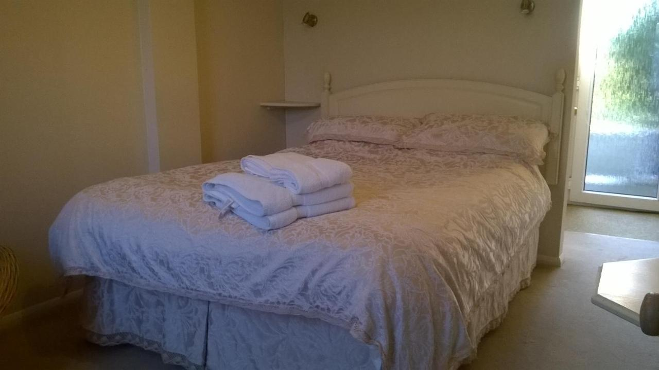 March Cottage Bed And Breakfast - Laterooms