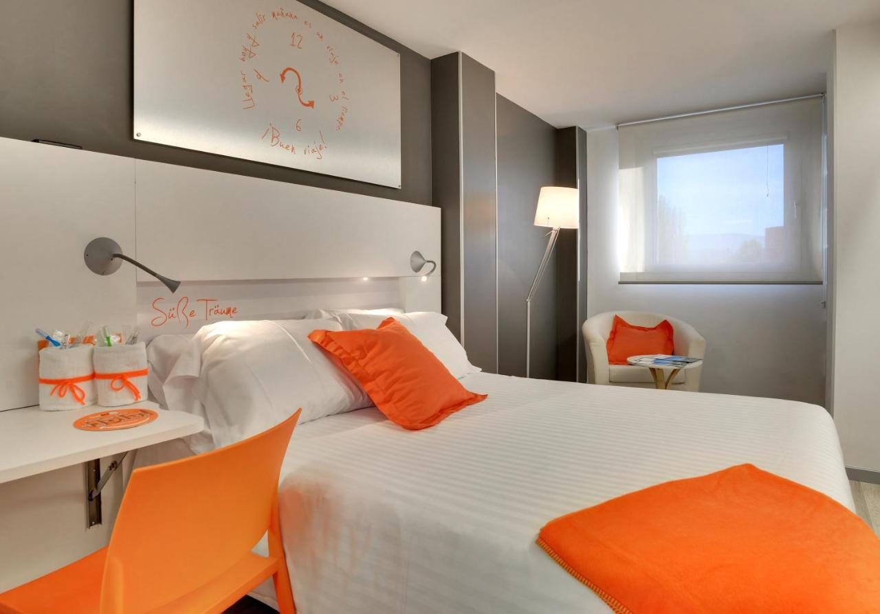 Hotel Bed4U Pamplona*** - Laterooms