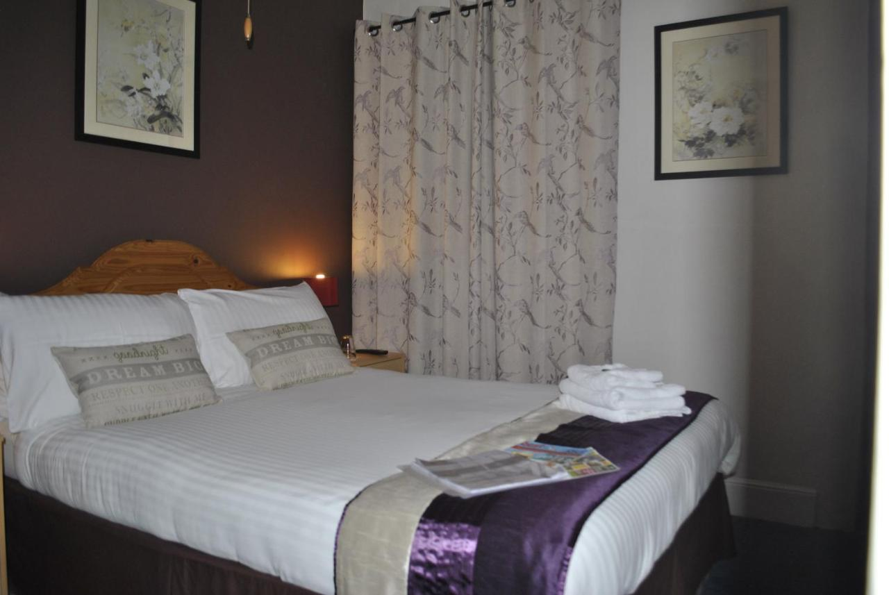 Taunton Guest House - Laterooms
