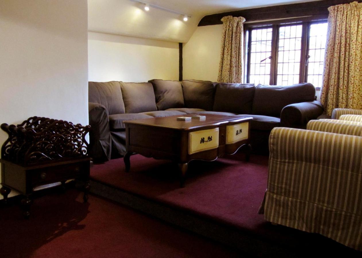 Pemberton House - Laterooms