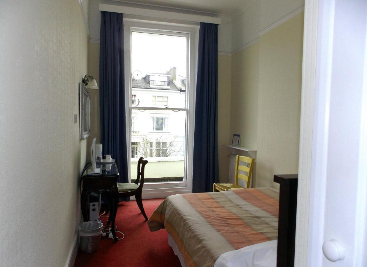 Dillons Hotel - Laterooms