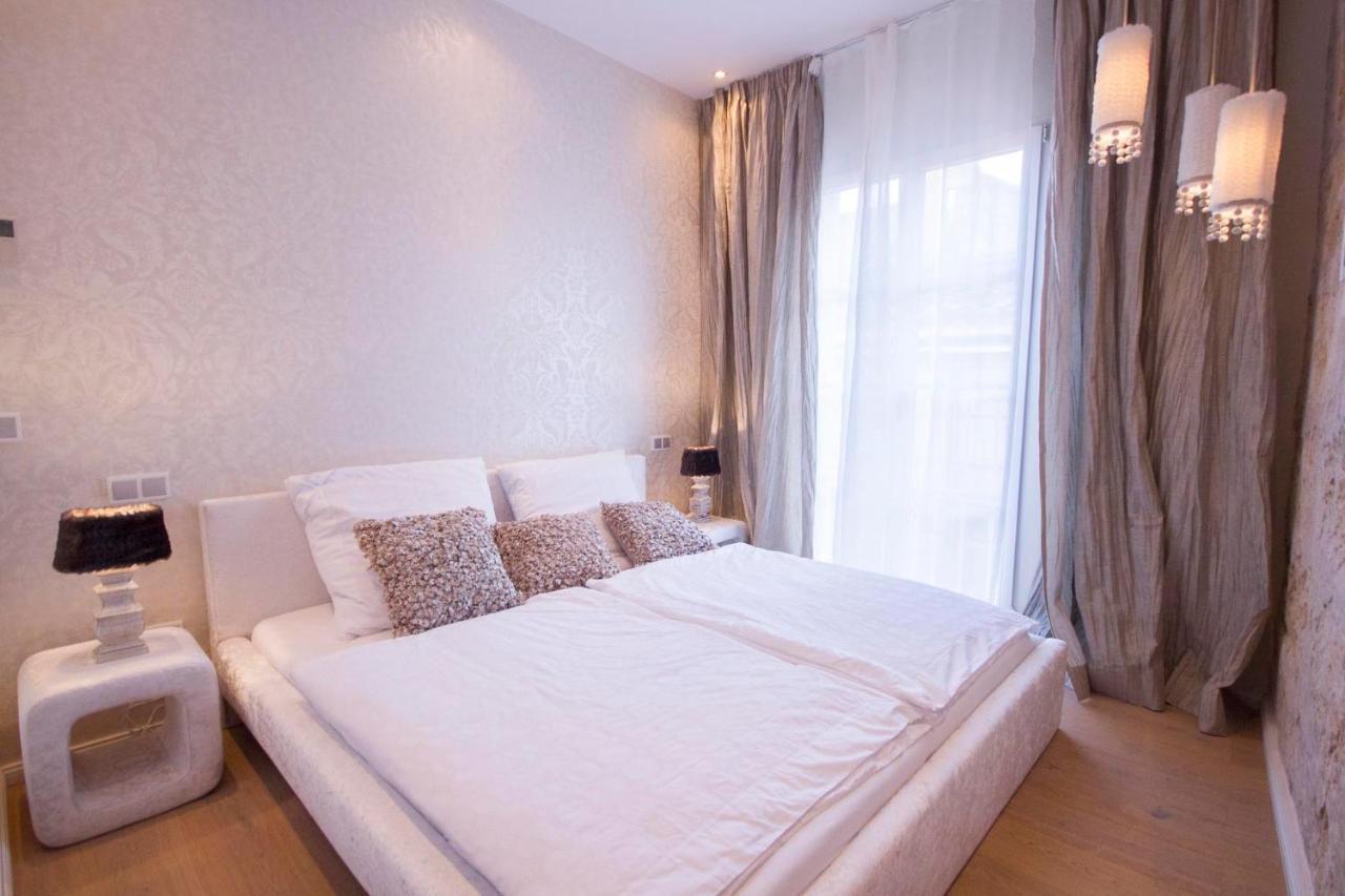 Hotel Llotja Suites - Laterooms