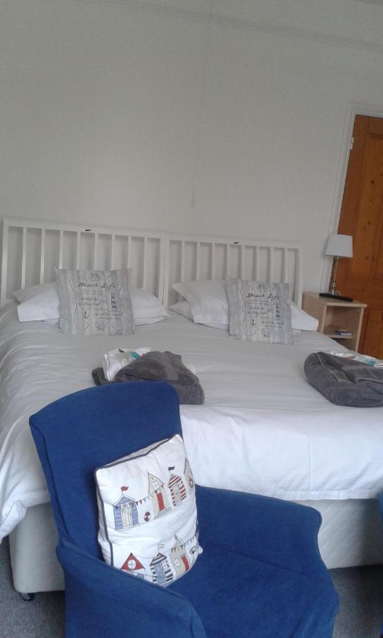 Barnes's Rest Weymouth - Laterooms