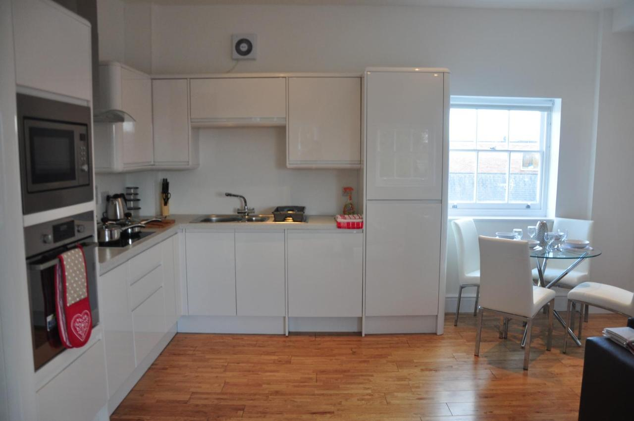 Andover Apartments - Laterooms