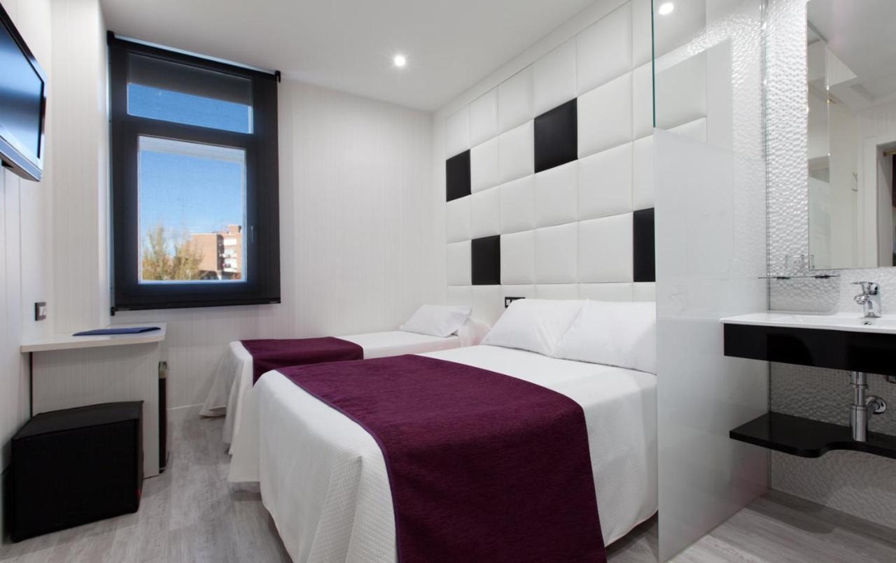 HOTEL AVENIDA DE ESPAÑA - Laterooms