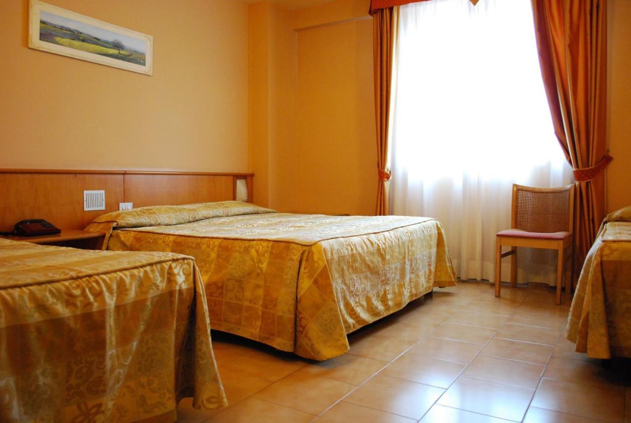 HOTEL TRE TORRI - Laterooms
