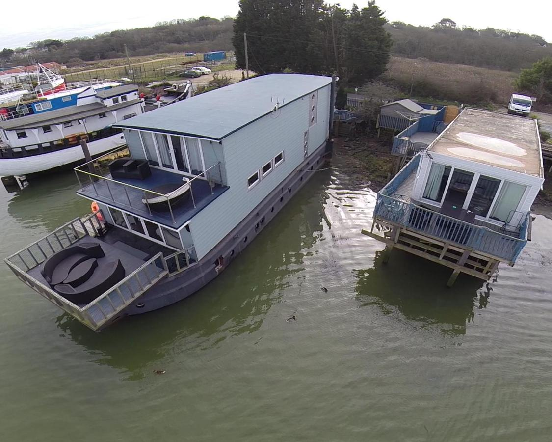 Houseboat Harbourside View - Laterooms