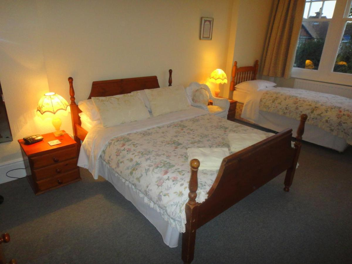 Beachy Rise Guest House - Laterooms