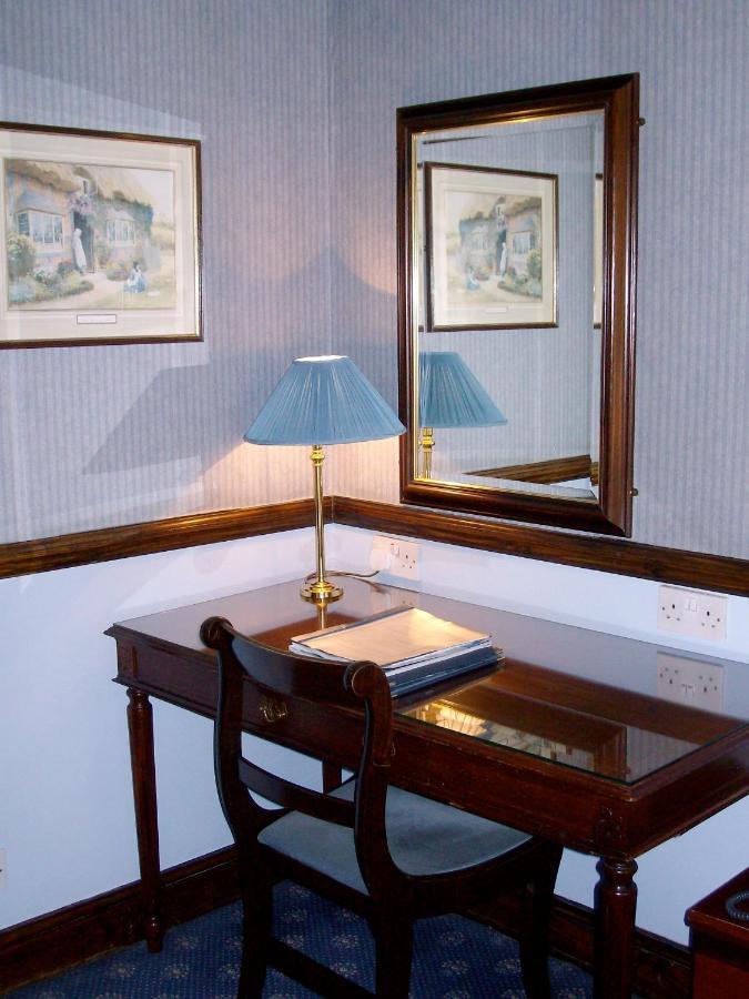 London Elizabeth Hotel - Laterooms