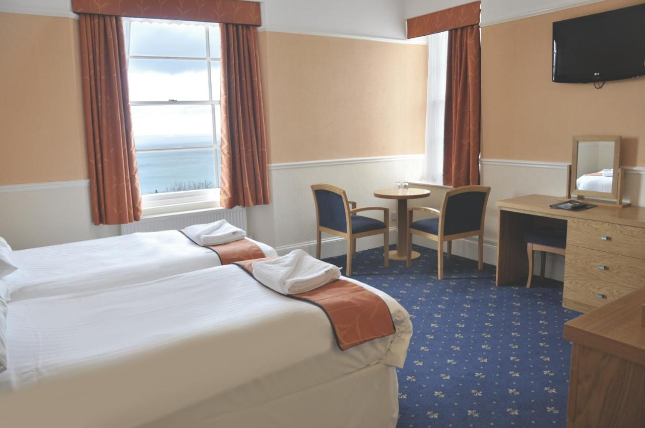 Royal Hotel and Carvery - Laterooms
