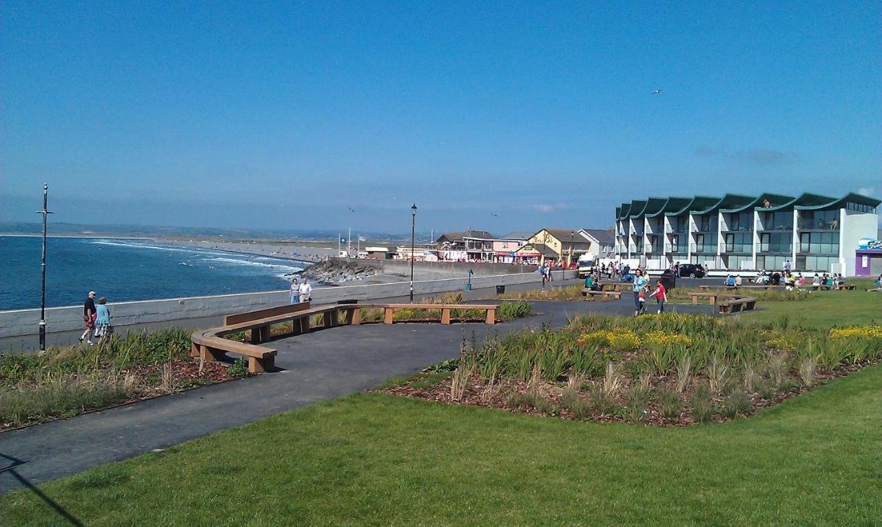 Westbeach Resort - Laterooms