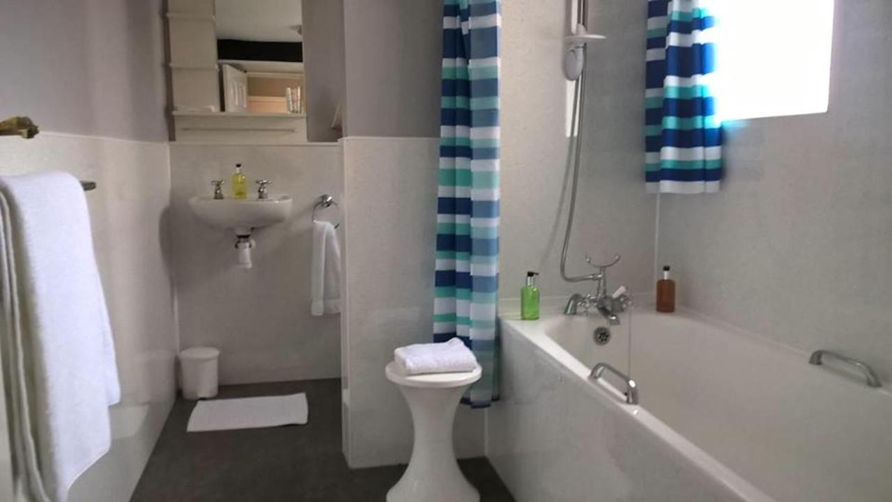 Seaspray Guest House - Laterooms