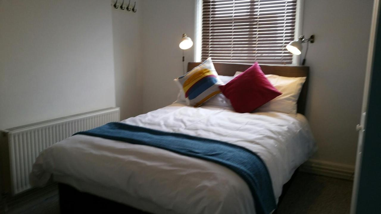 Cafe Guest House 34 - Laterooms