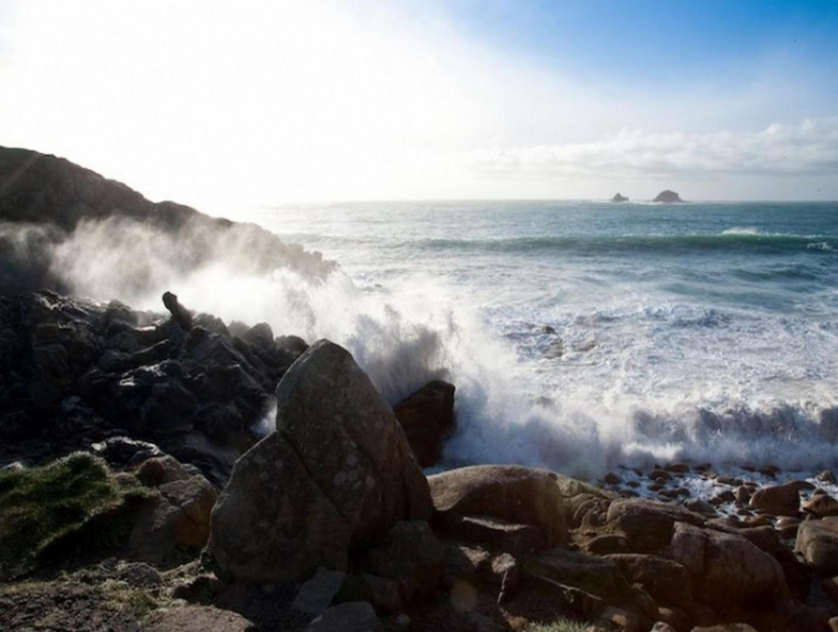 Cape Cornwall Golf And Leisure - Laterooms