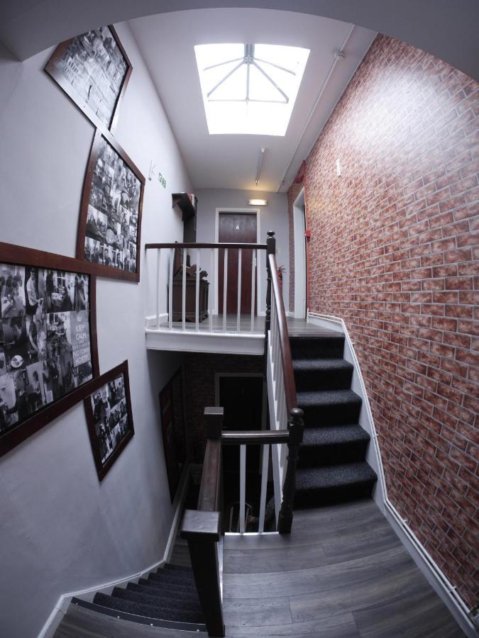 Midtown Hostel - Laterooms