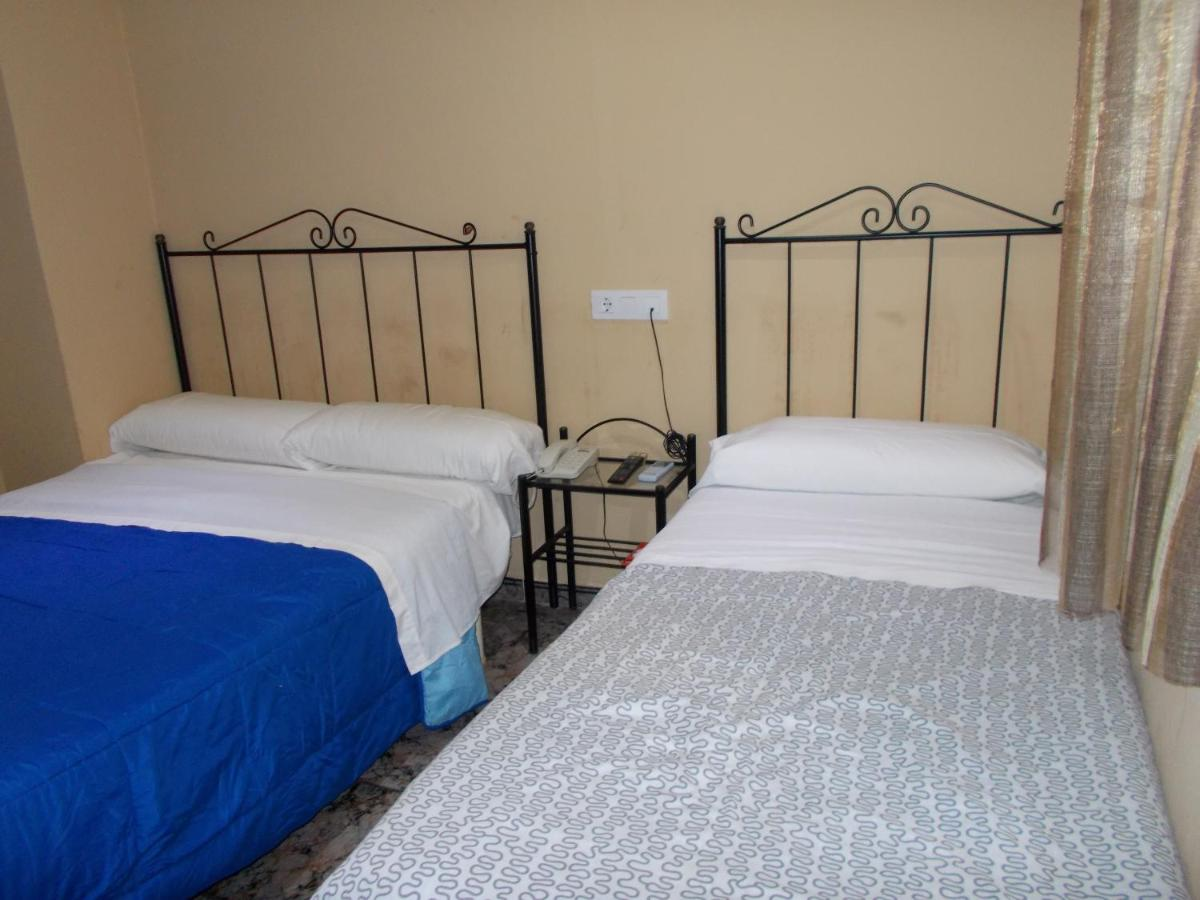 Raval Rooms - Laterooms