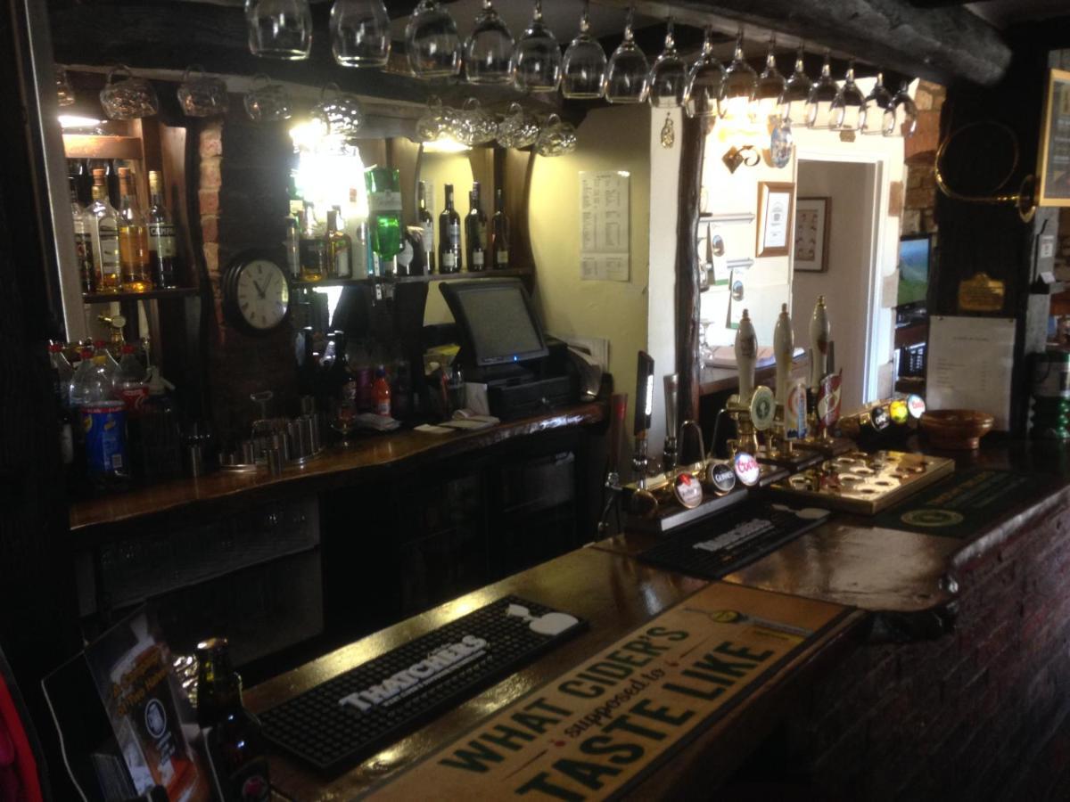 The Tally Ho Inn - Laterooms