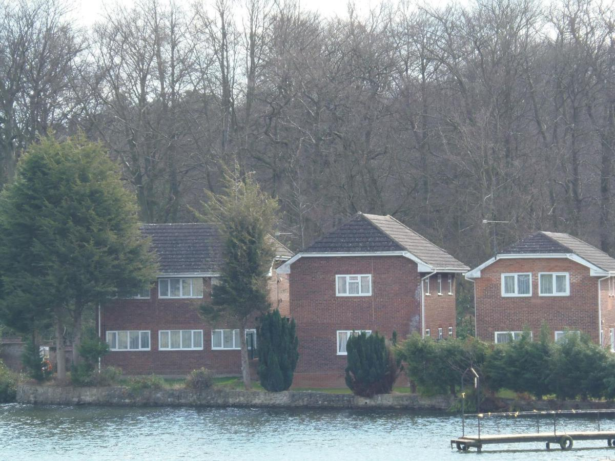 Lakeside Lodges - Laterooms