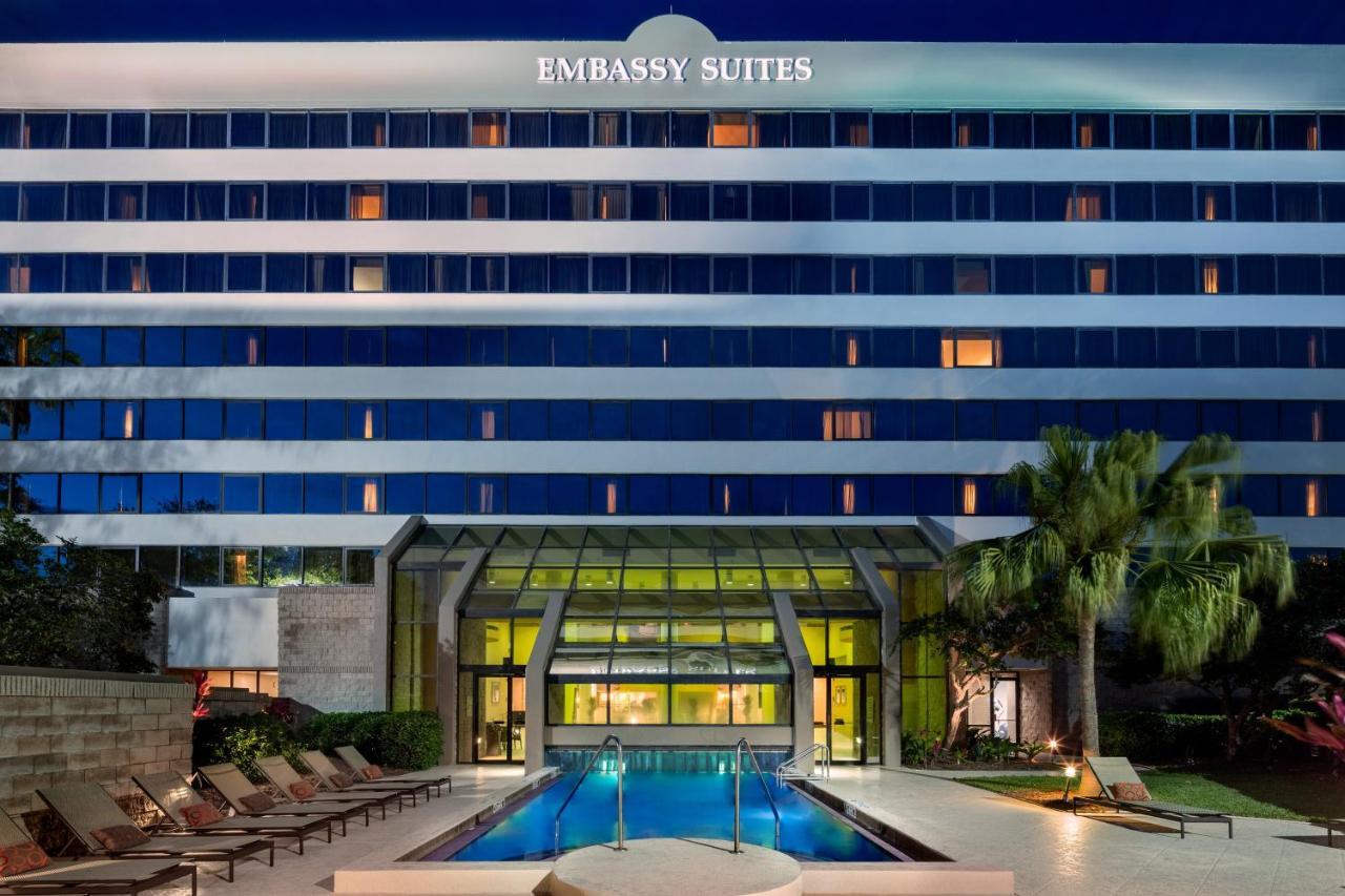 Embassy Suites Orlando - International Drive/Jamaican Court - Laterooms