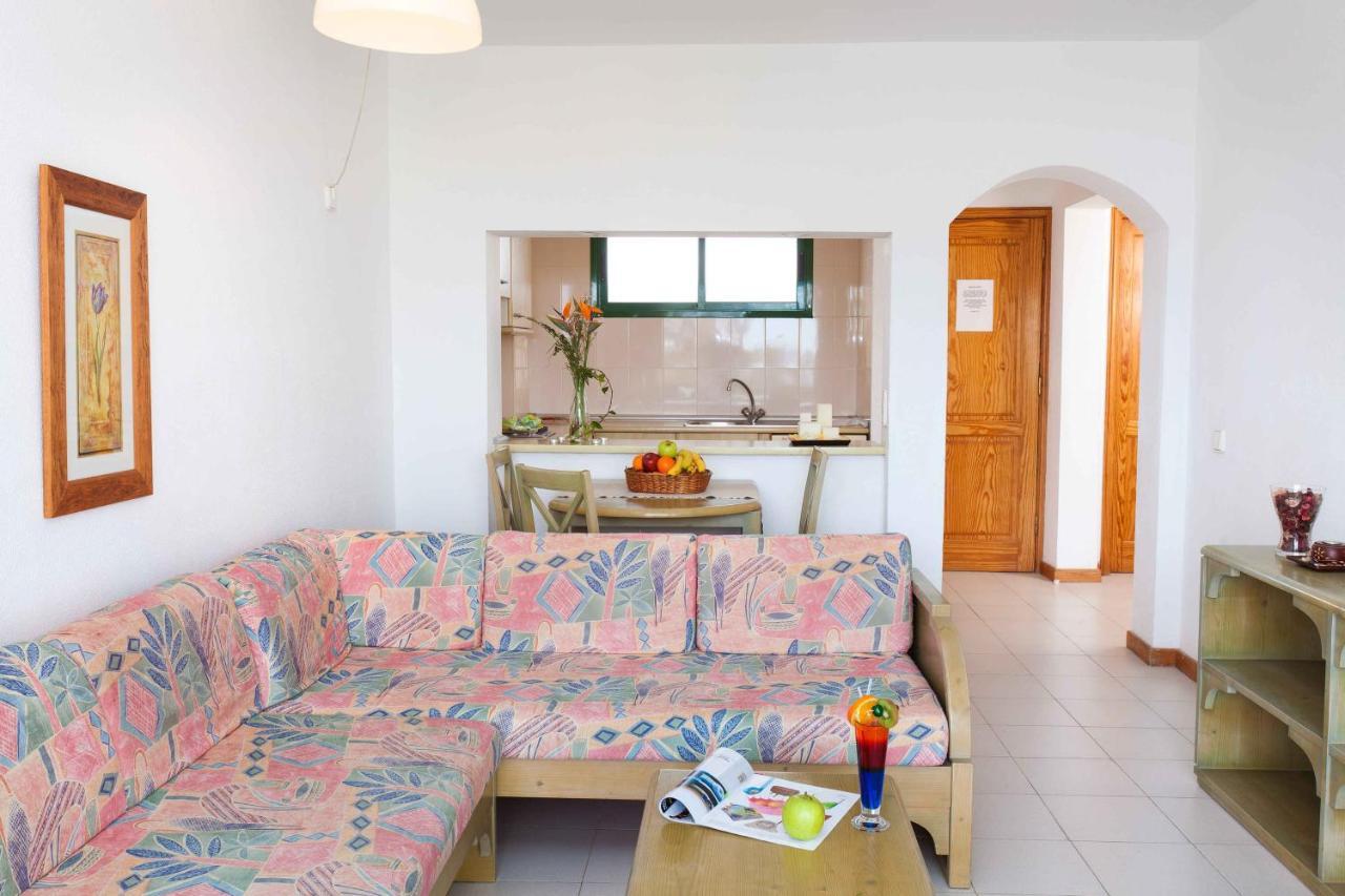 Blue Sea Apartamentos Costa Teguise Beach - Laterooms