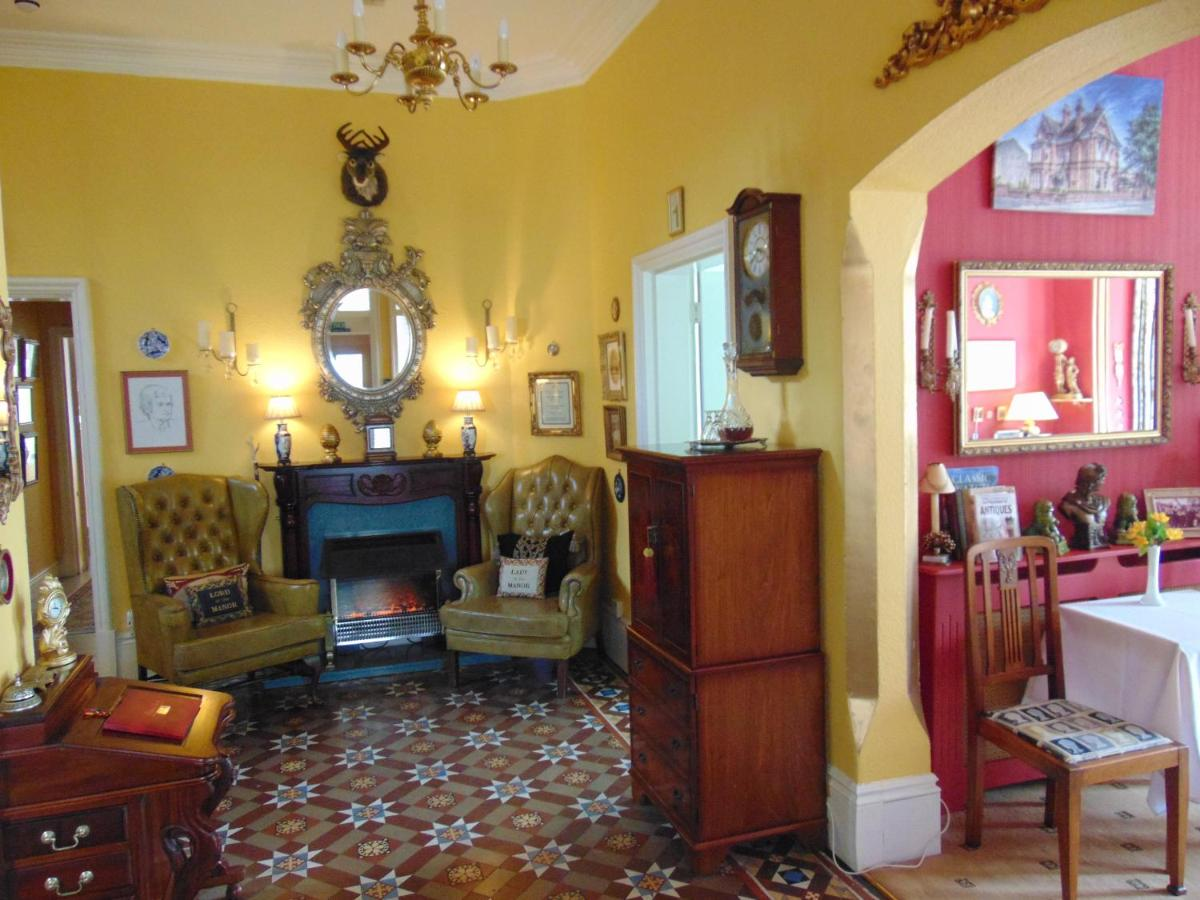 Holywell Guest House - Laterooms