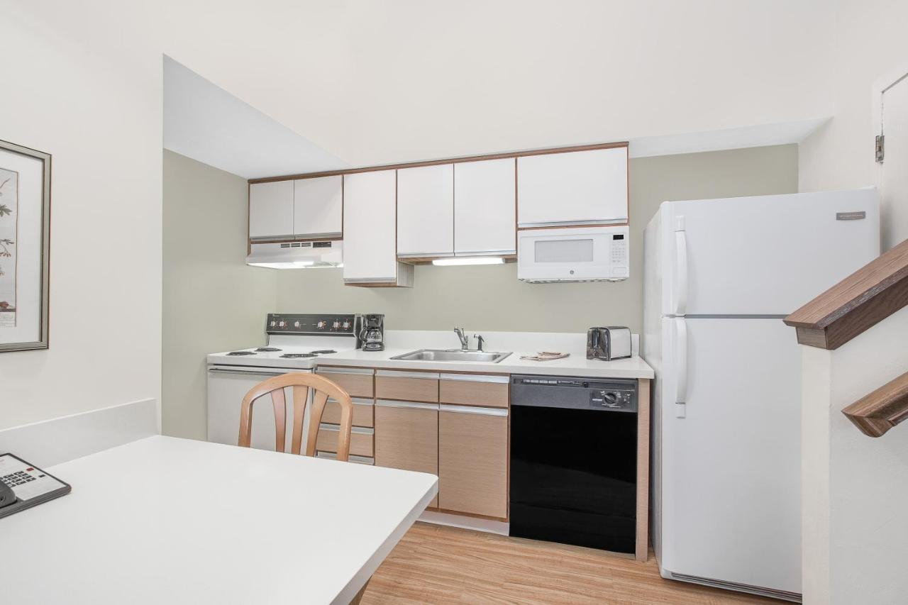 Hawthorn Suites Green Bay Green Bay Updated 2021 Prices