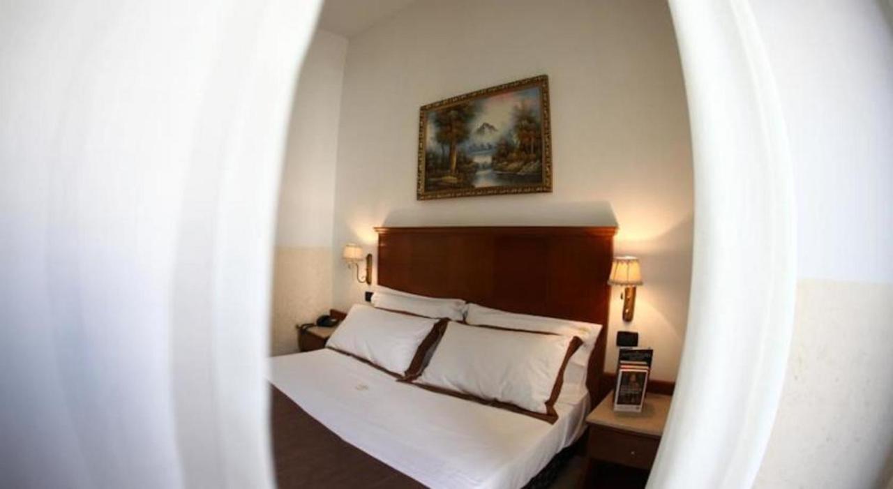 Hotel Garibaldi - Laterooms