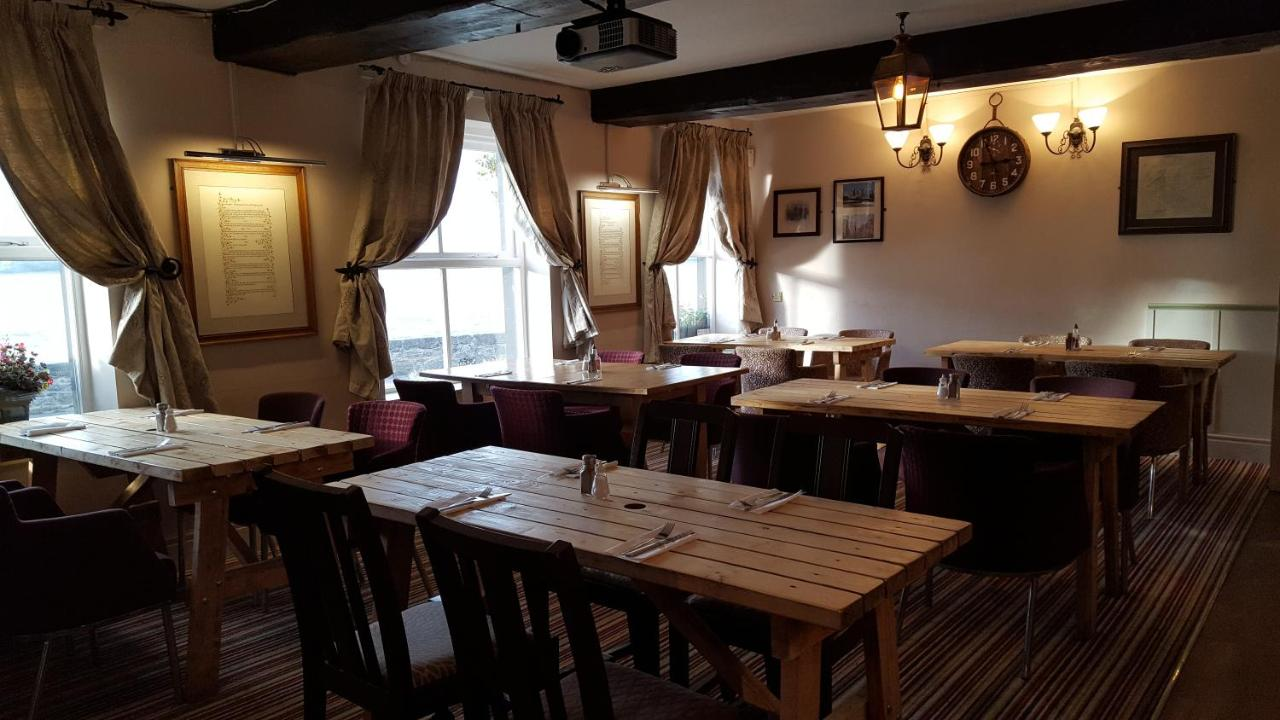 Anglesey Arms - Laterooms