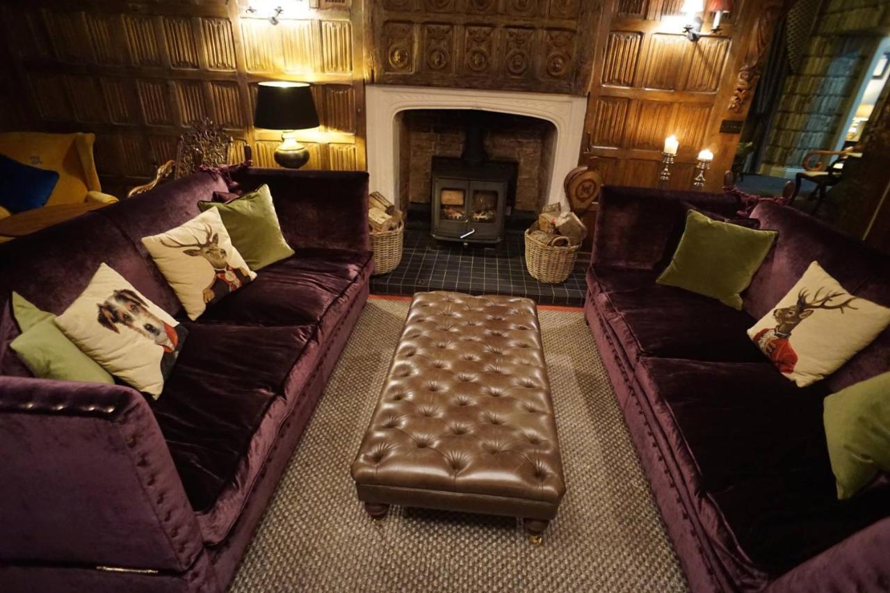 Seckford Hall Hotel & Restaurant - Laterooms